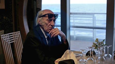 Film-socijalizam (Film socialisme), red. Jean-Luc Godard