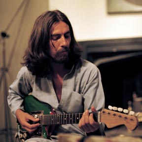 George Harrison: Umjetnik u materijalnom svijetu (George Harrison: Living in the Material World), red. Martin Scorsese