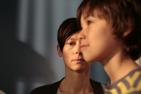 pričati o Kevinu (We have to Talk about Kevin), red. Lynne Ramsay