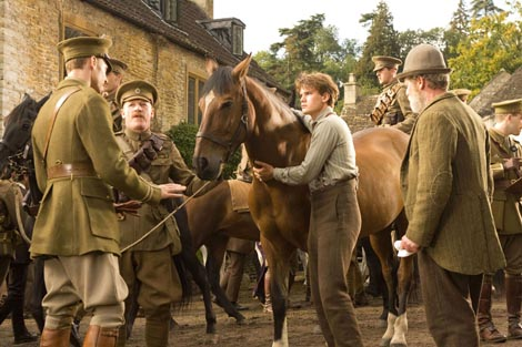 Put rata (War Horse), red. Steven Spielberg