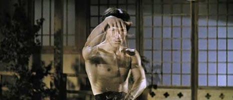 Šaka Velikog Zmaja (Jing wu men / Fist of Furry), red. Lo Wei (1972)
