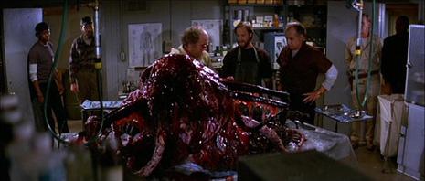 Stvar (The Thing), red. John Carpenter