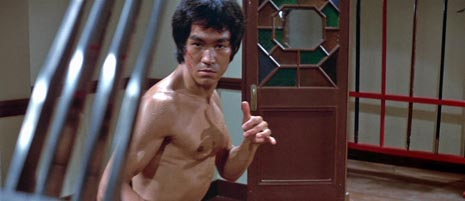 U Zmajevom gnijezdu (Enter the Dragon), red. Robert Clouse (1973)